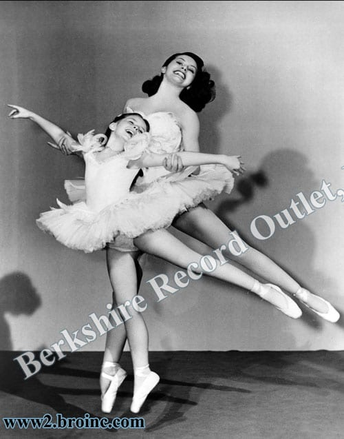 Cyd Charisse and Margaret O'Brien