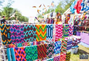 camp-bisco-vendor-bracelets